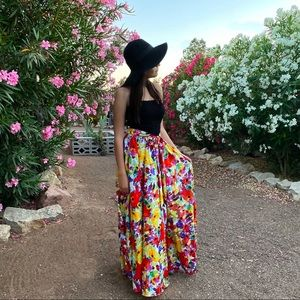 Truly 4 You Floral Maxi Skirt Small